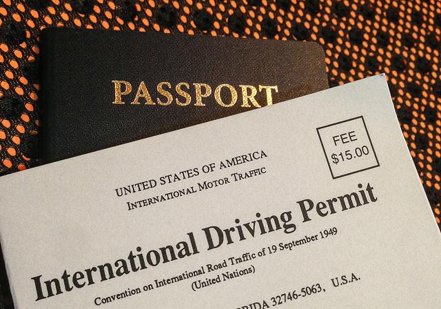 Cách xin cấp đổi giấy phép lái xe quốc tế khi bị mất bằng