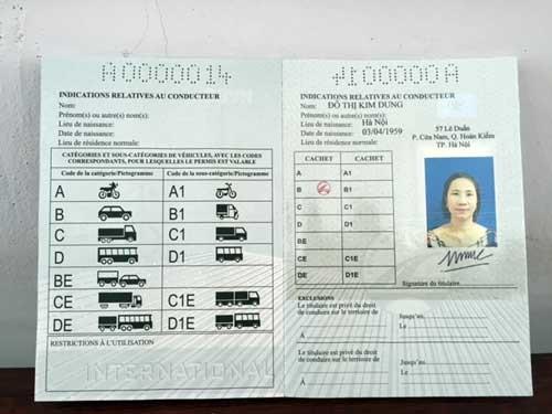 Chuyển đổi và sử dụng bằng lái xe quốc tế tại Việt Nam