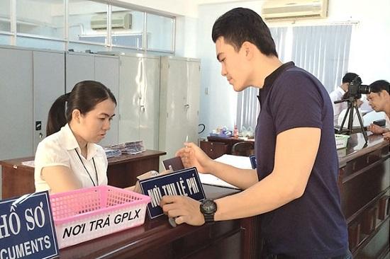 Đổi bằng lái xe quốc tế sang bằng Việt Nam