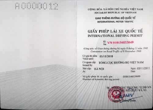 Đổi bằng lái xe Việt Nam sang quốc tế có dùng được ở Việt Nam nữa hay không?